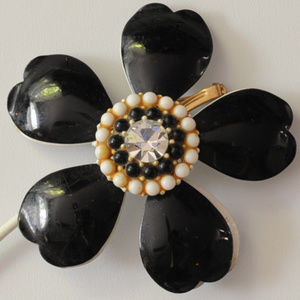 pearl rhinestone black enamel flower pin brooch